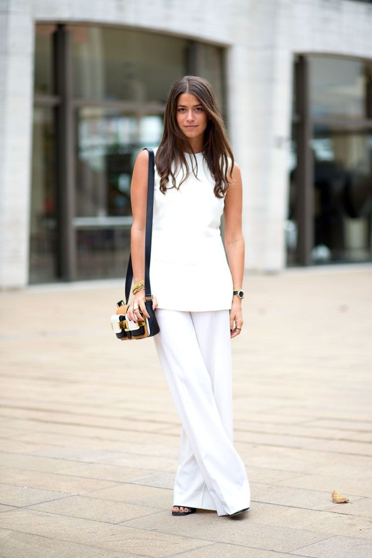 Not only is it incredibly elongating, but a monochrome outfit always looks intentional and put together. (Tip: Just make sure your whites are bright and your blacks match.)