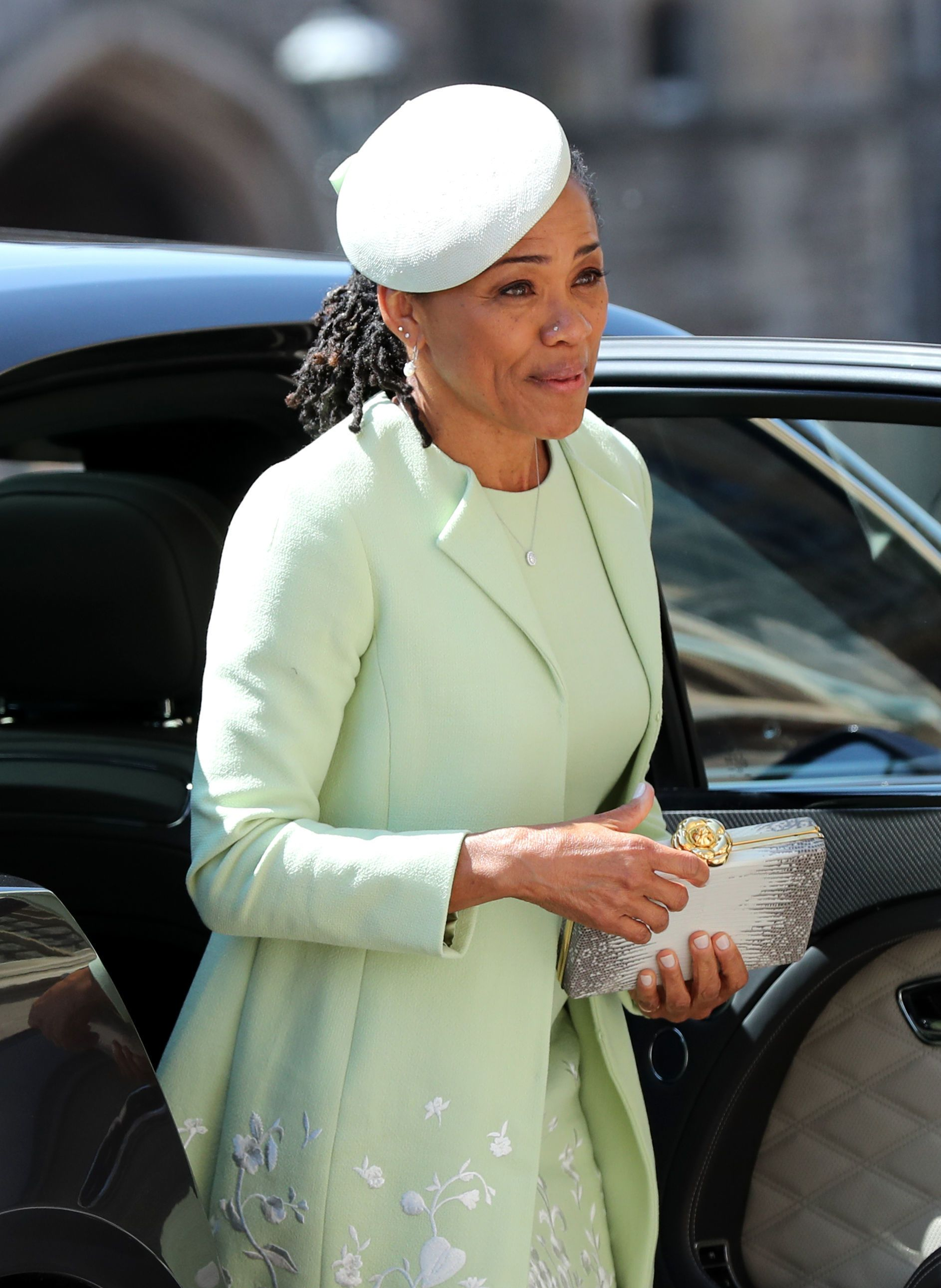 living room decorating tips pictures of recessed lighting in meghan markle's mom doria ragland: all the facts you need ...