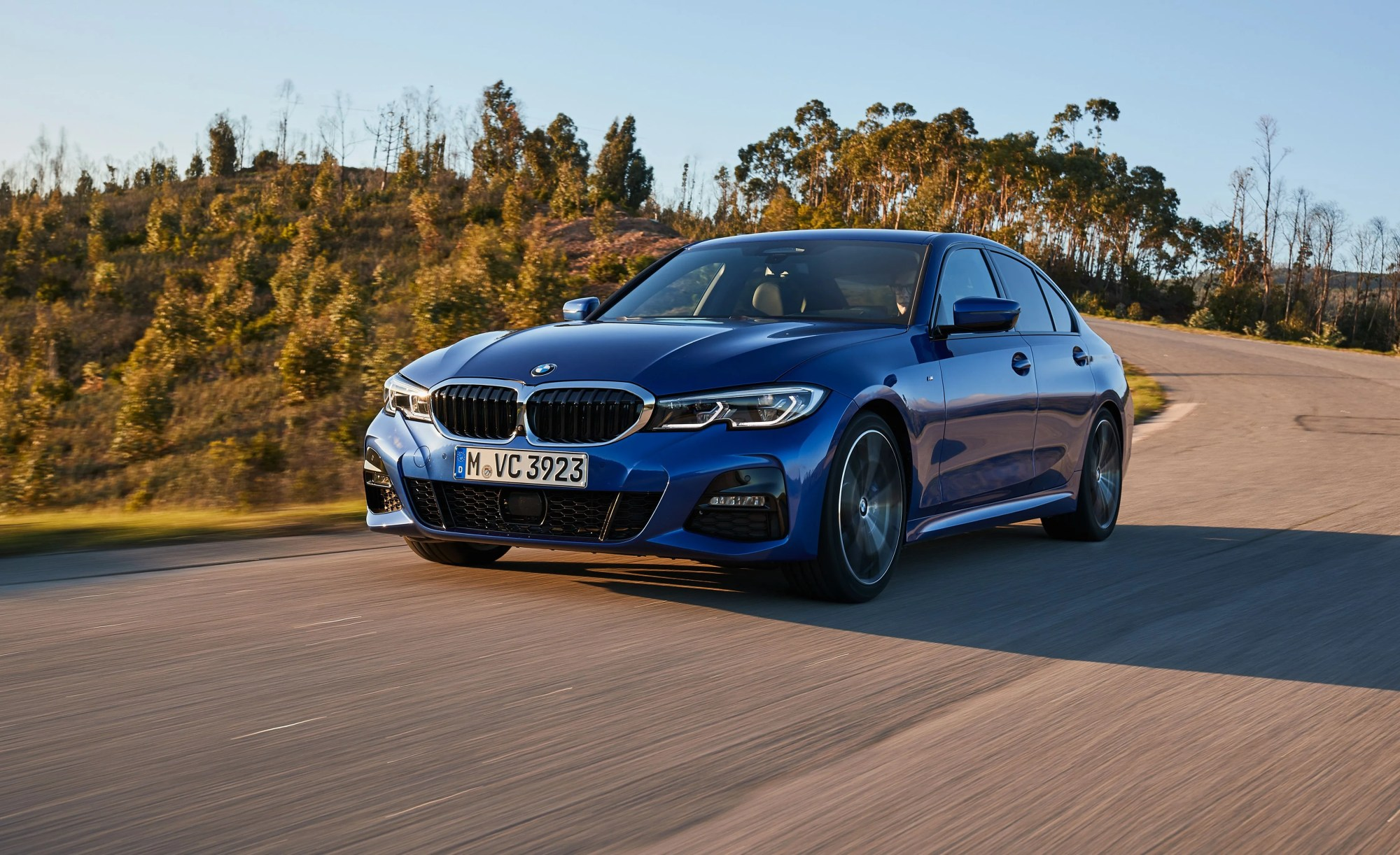 hight resolution of the 2019 bmw 3 series back from the brink