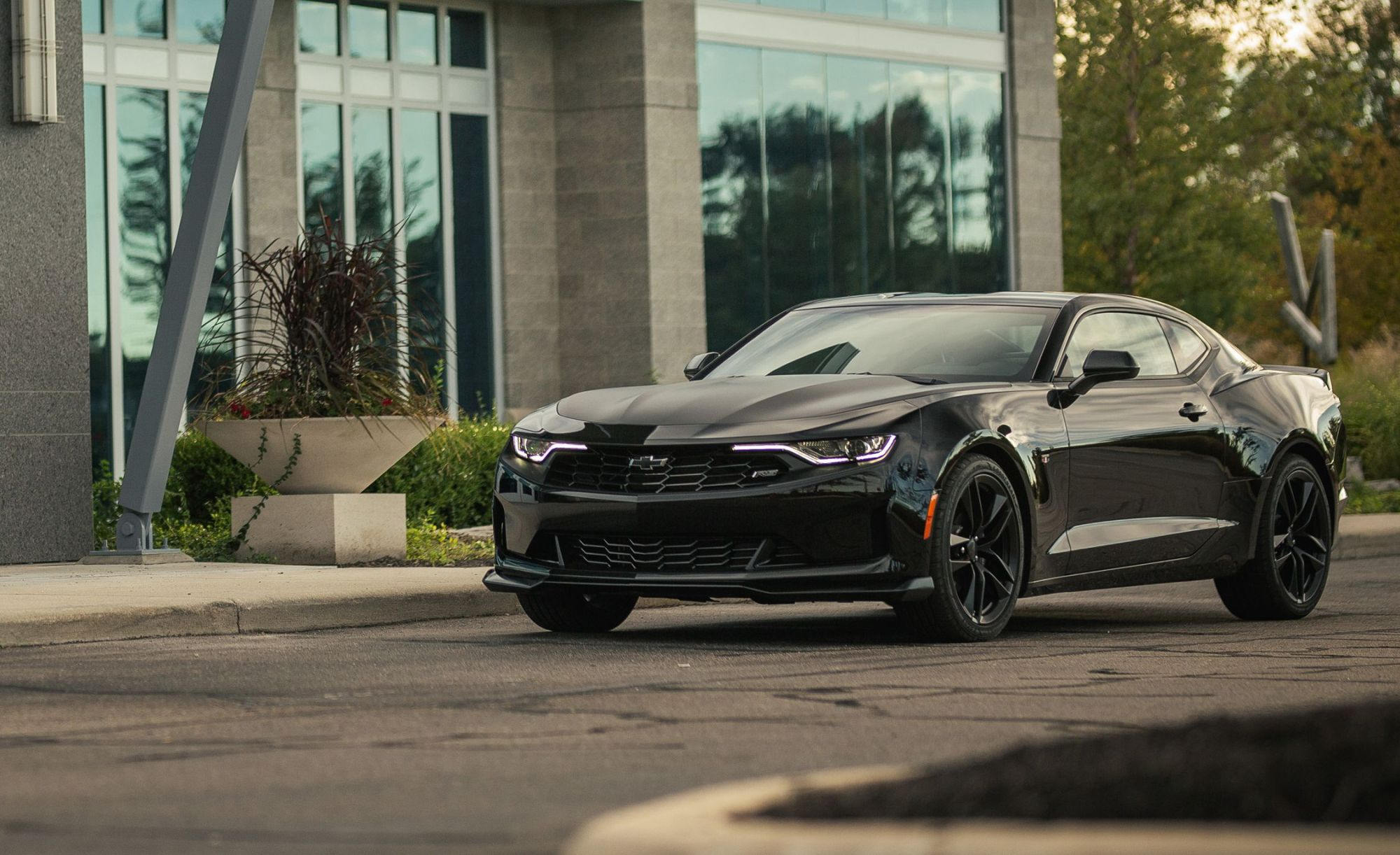 hight resolution of the 2019 chevrolet camaro turbo 1le is anything but entry level