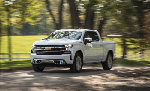 small resolution of the chevrolet silverado 1500 6 2l packs a big engine in a big truck