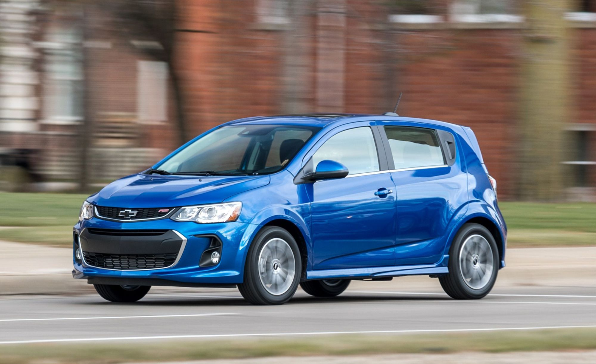 hight resolution of 2019 chevrolet sonic lt rs hatchback 101 1547157850 jpg