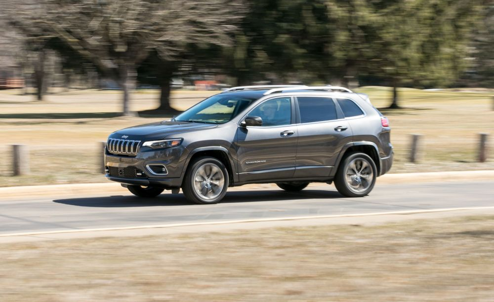 medium resolution of 2019 jeep cherokee v 6 awd