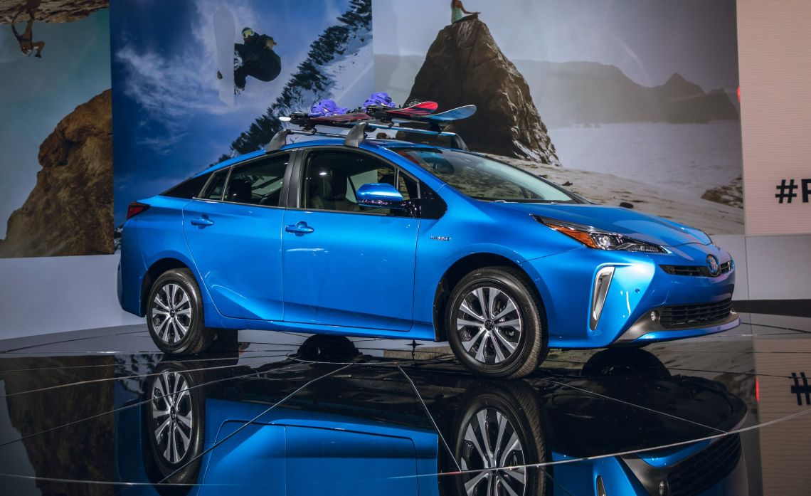 2019 toyota prius hybrid - now has optional all-wheel drive