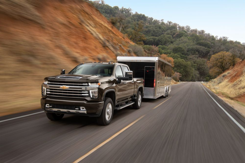 medium resolution of 2020 chevrolet silverado hd pickups offer more towing capacity and a new gasoline engine