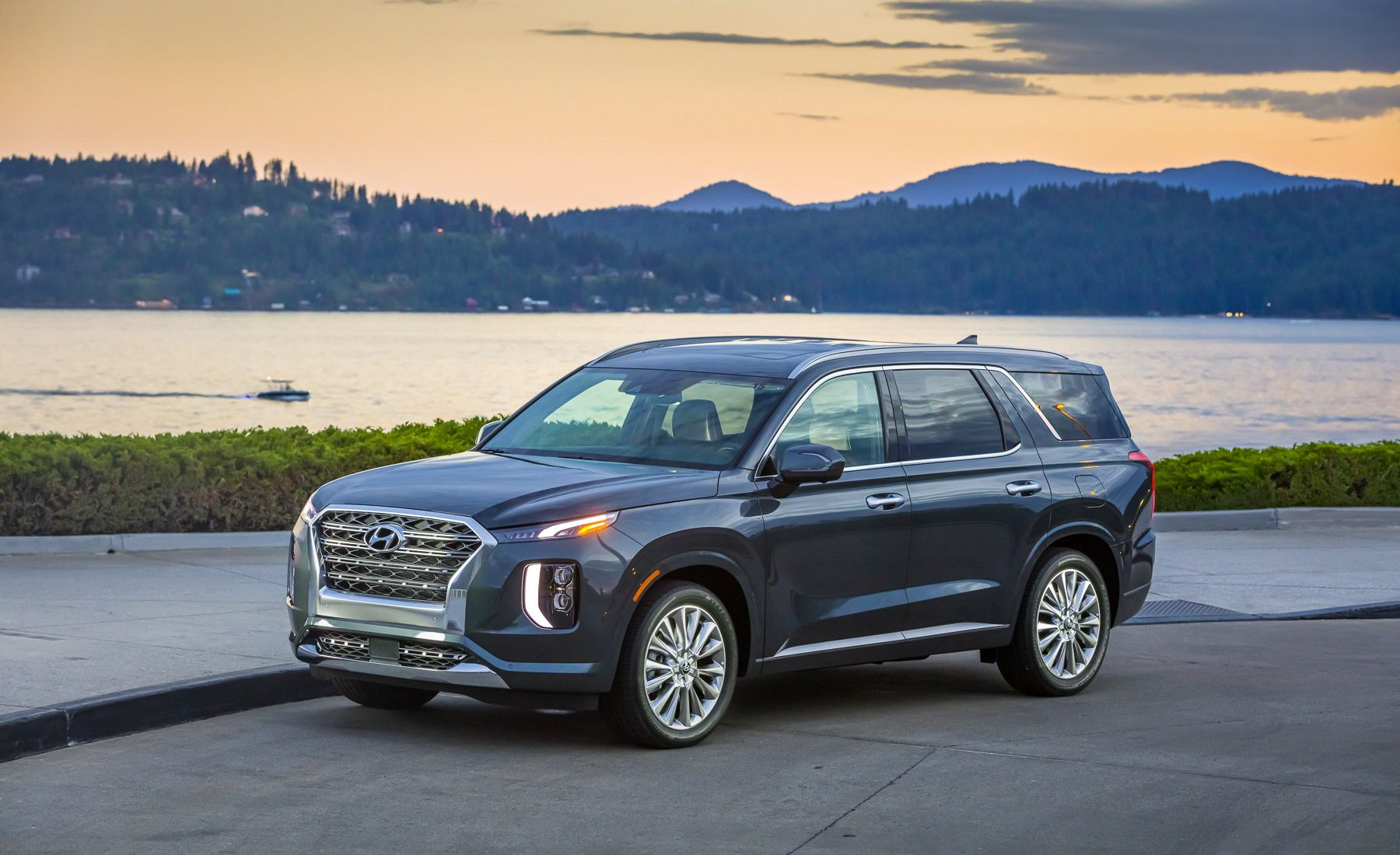 You've got a pretty clear idea of where you and your family are headed. 2020 Hyundai Palisade Review Pricing And Specs