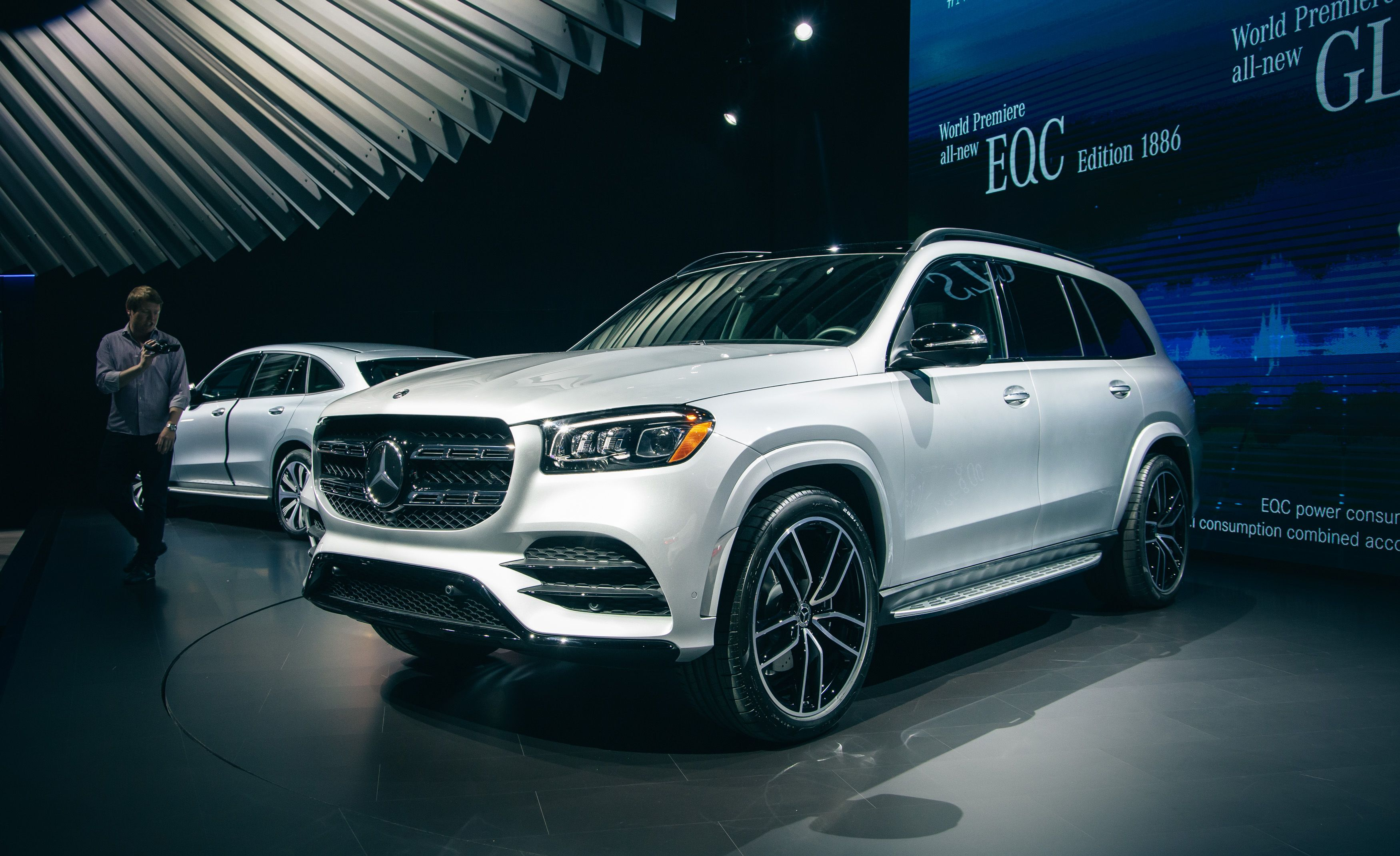 Suv With Captain Chairs 2020 Mercedes Benz Gls Large Luxurious Three Row Suv