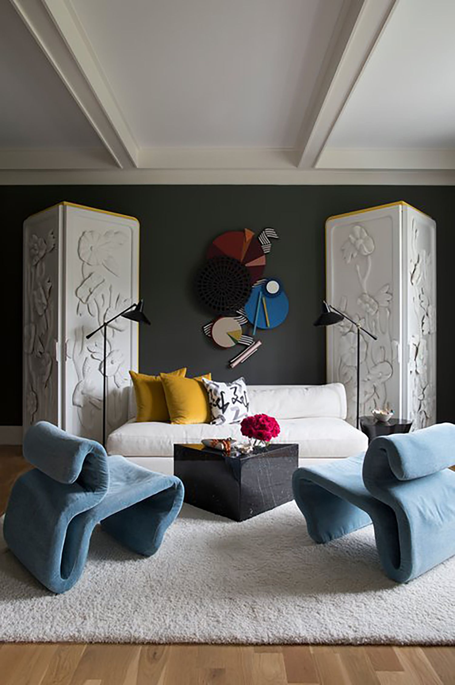 John edward linden/ getty images after writing so many posts last year about what our homes will be like after the pandemic and interior design lessons from the coronav. 15 Home Decor Trends For 2021 What Are The Decorating Trends For 2021