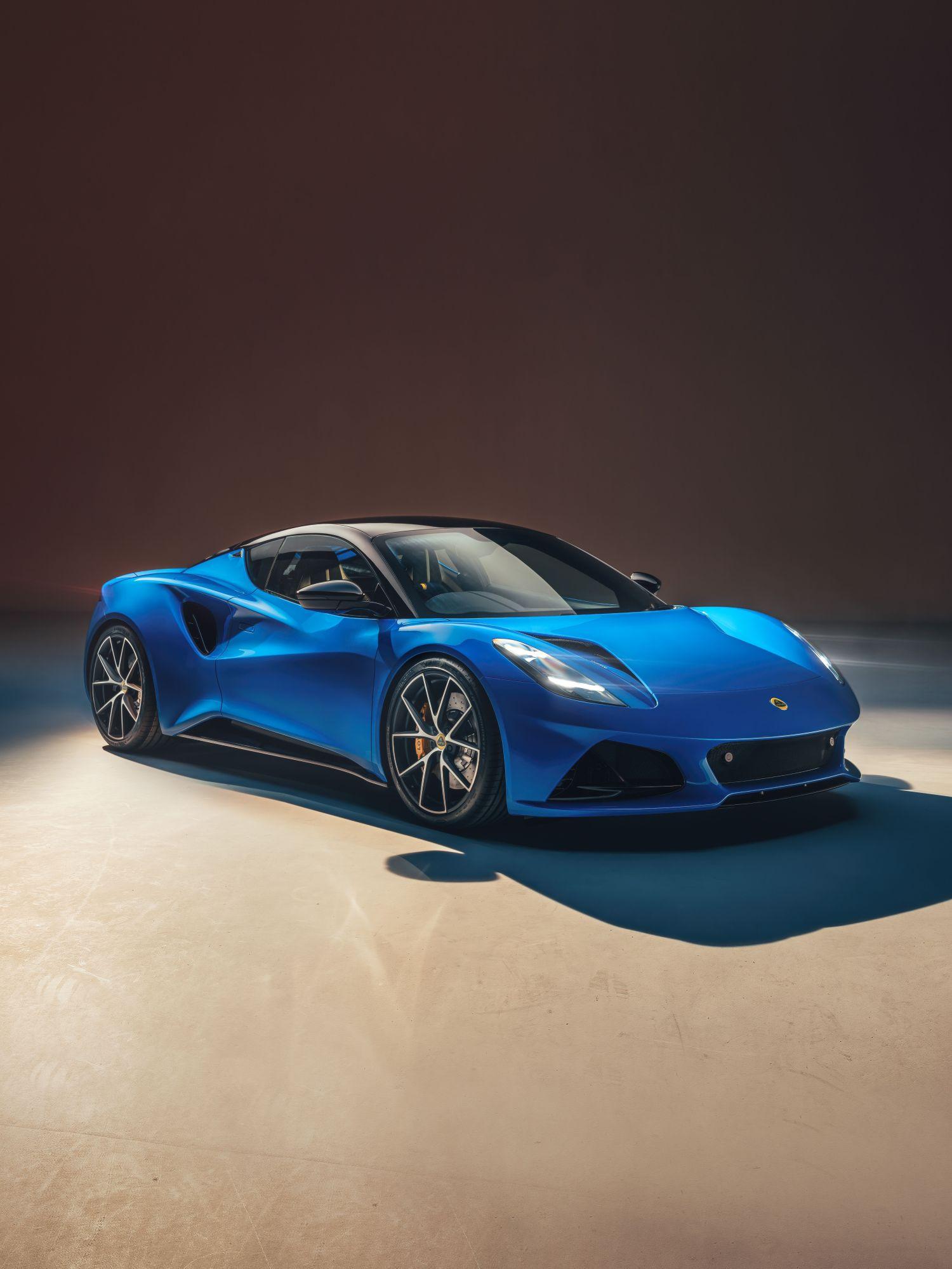 2022 lotus emira front