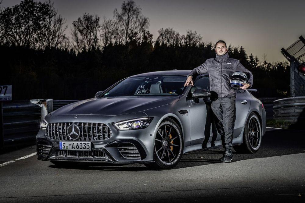Mercedes amg gt63s at Nබර්rburgring