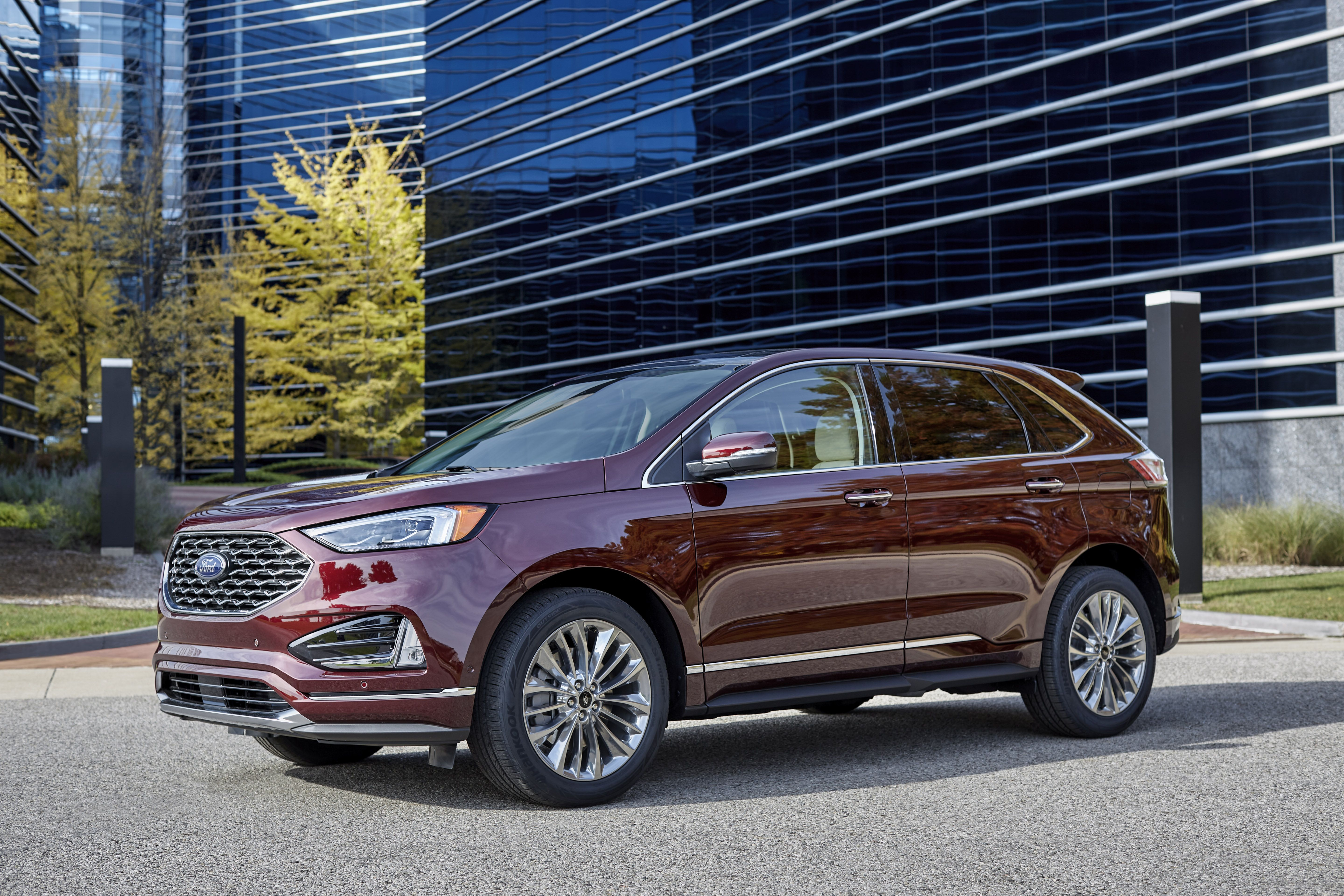 4 Ford Edge adds a huge touch screen - Eminetra