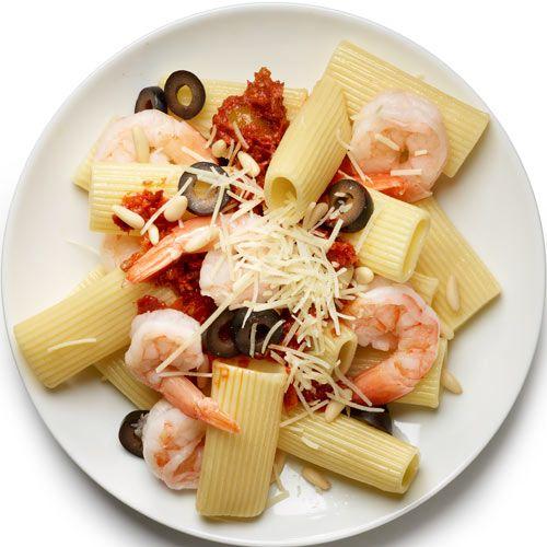 Shrimp Pasta with Salad