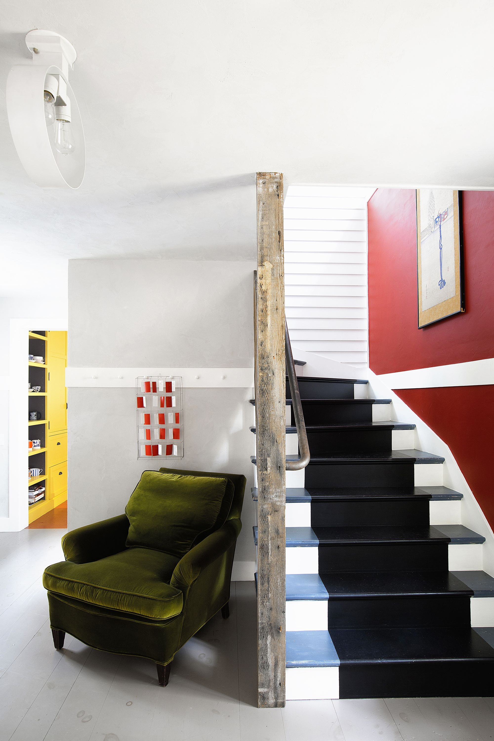 27 Stylish Staircase Decorating Ideas How To Decorate Stairways | Designs For Staircase Wall | Stairwell | Stylish | Luxury | Painting | Stone