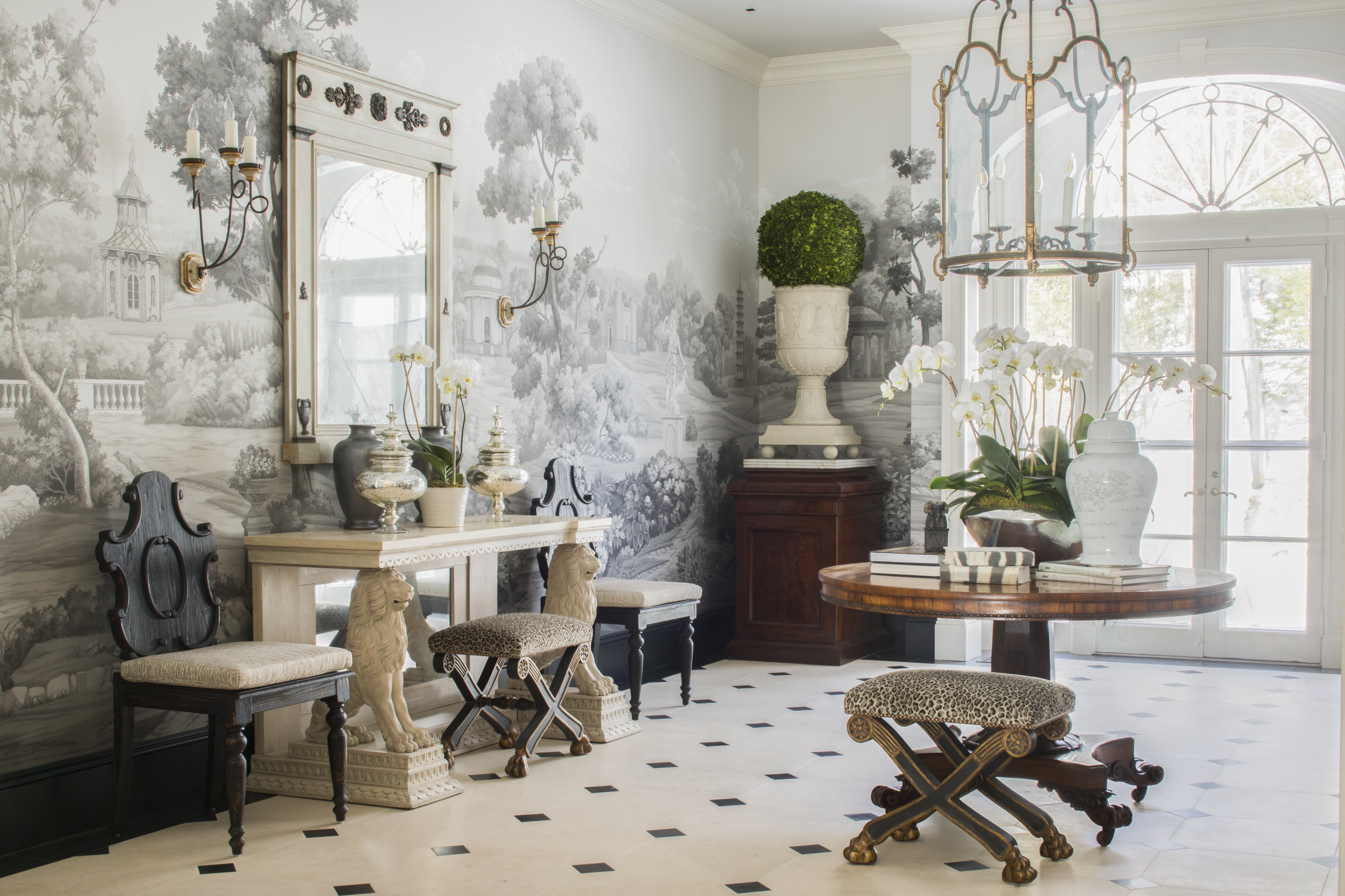 24 wallpapered foyers for