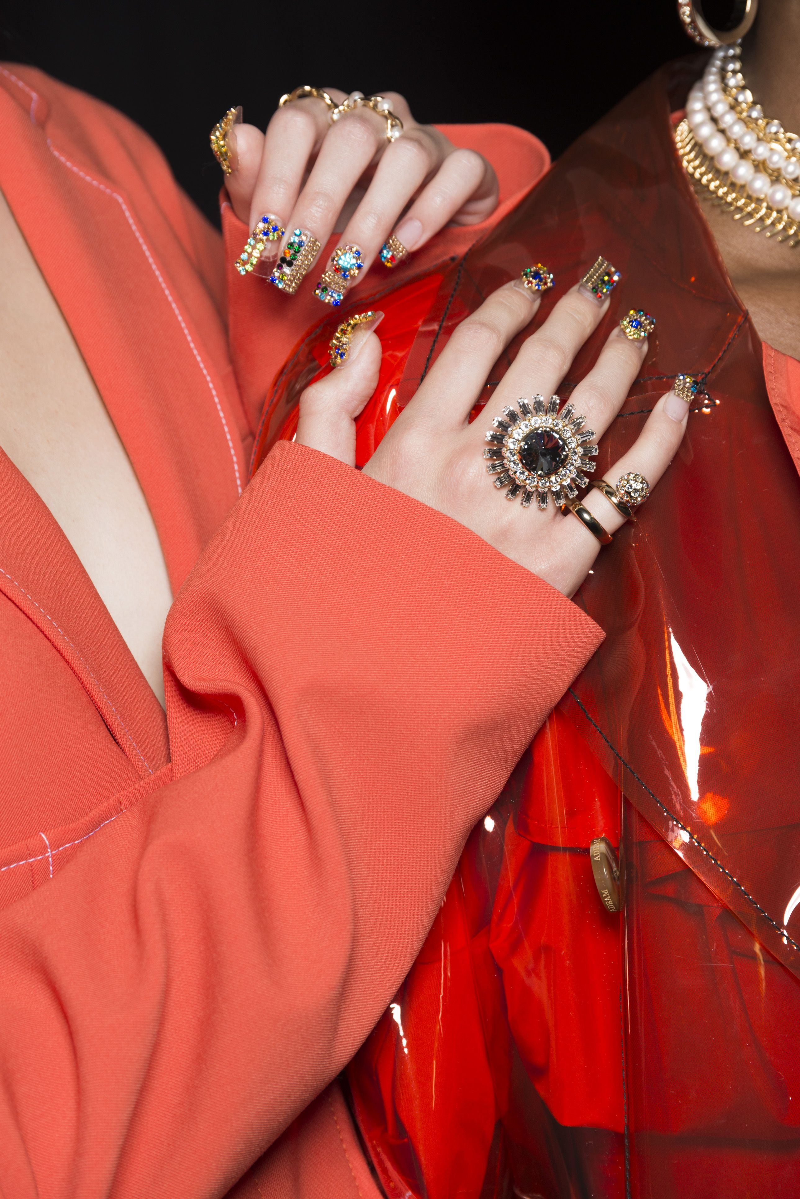spring 2019 nail trends and manicure
