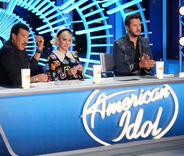 American Idol Fans React To Judge Katy Perrys Tweet About