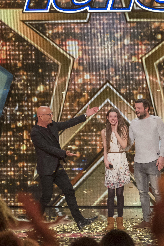 Americas Got Talent Judge Howie Mandel Gives Golden Buzzer to Courtney Hadwin