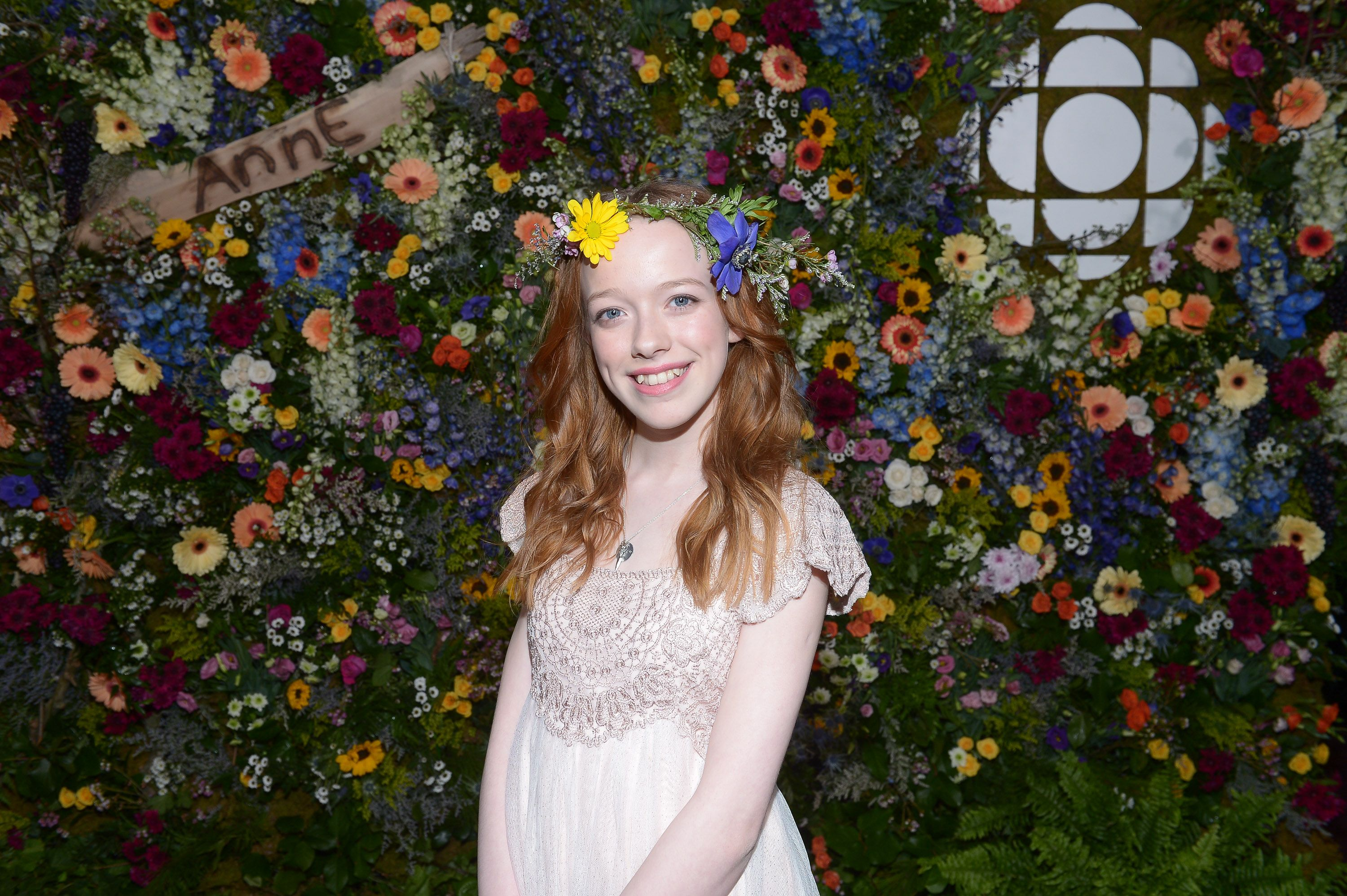 Anne With An E Actress Amybeth McNulty Has The Best