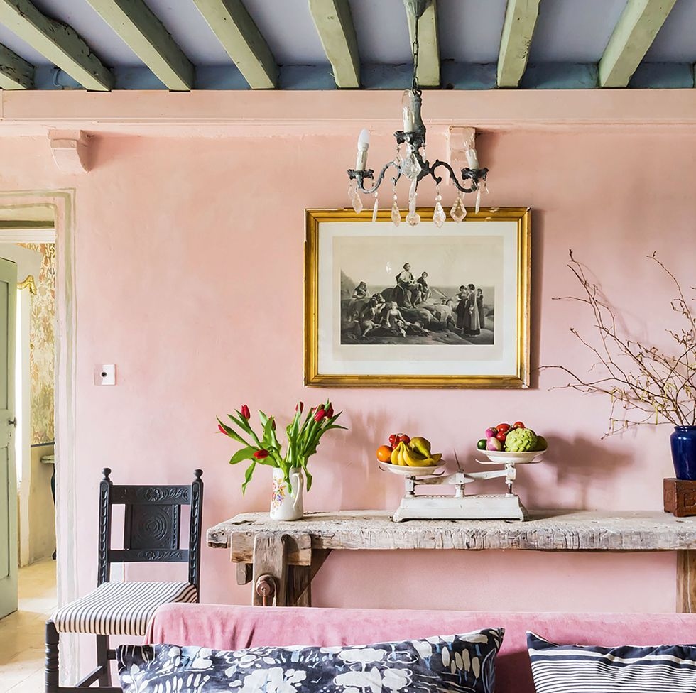 Annie Sloan S French Farmhouse Is The Ultimate Chalk Paint