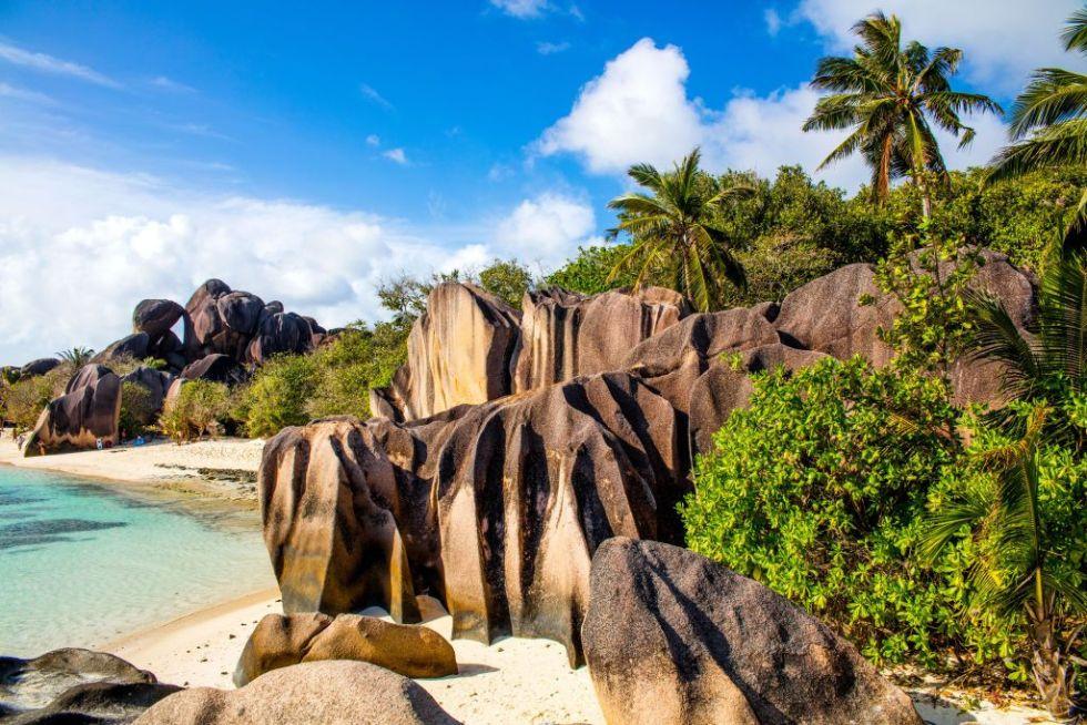 Anse Source d'Argent, einer der beruehmtesten Straende weltweit mit fantastischen Granitfelsen, La Digue, Seychellen