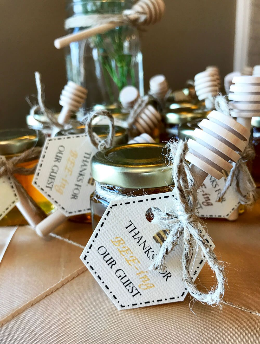 Baby Shower Gifts For Male Guests : shower, gifts, guests, Shower, Ideas, Girls, Decorations