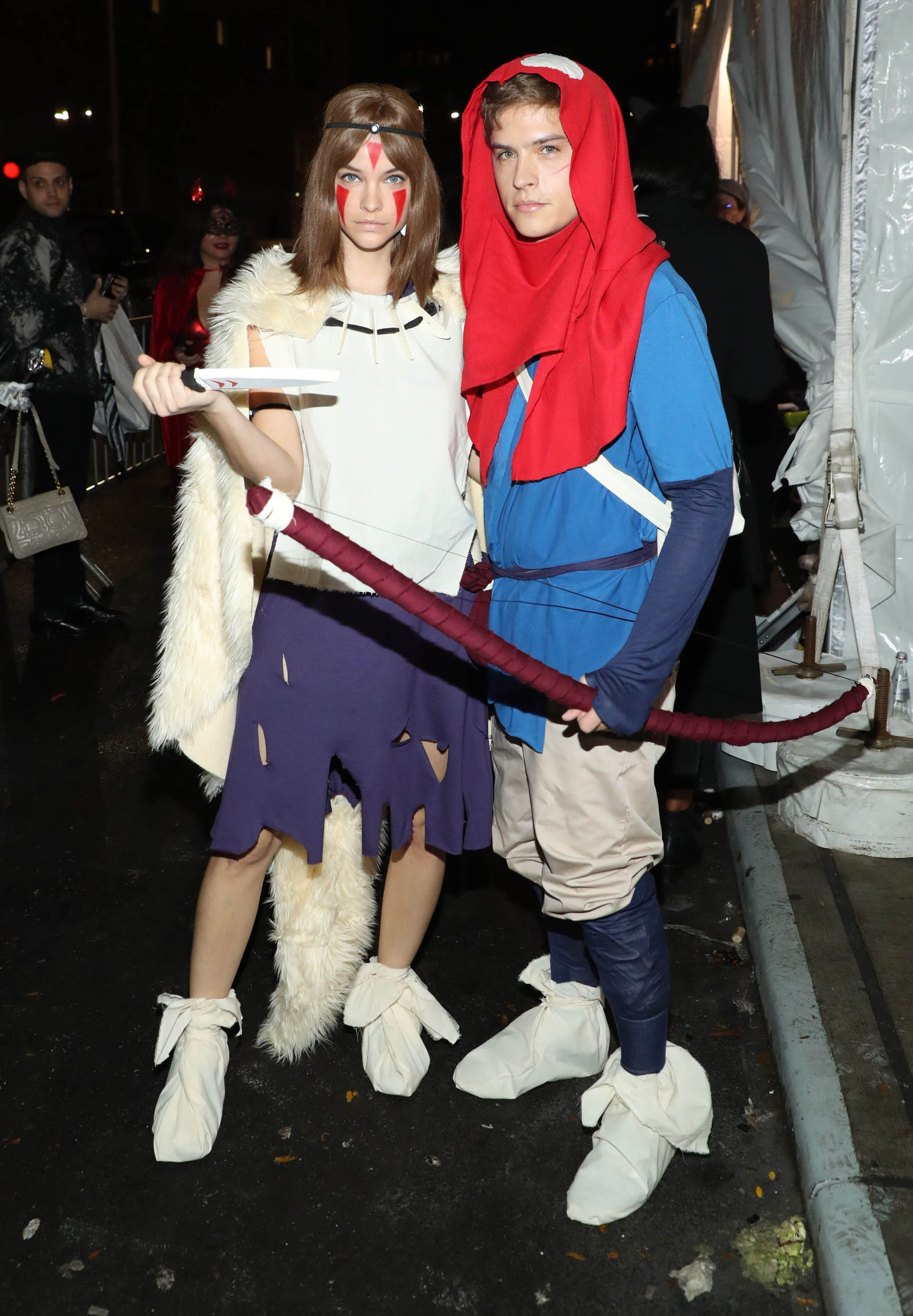 Two peas in a pod … 65 Best Couples Costumes Of Halloween 2021 Diy Couples Costume Ideas