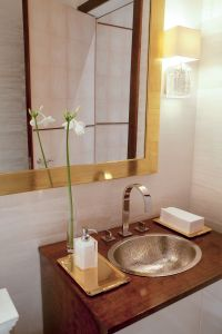 20 Beach Bathroom Decor Ideas - Beach Themed Bathroom ...