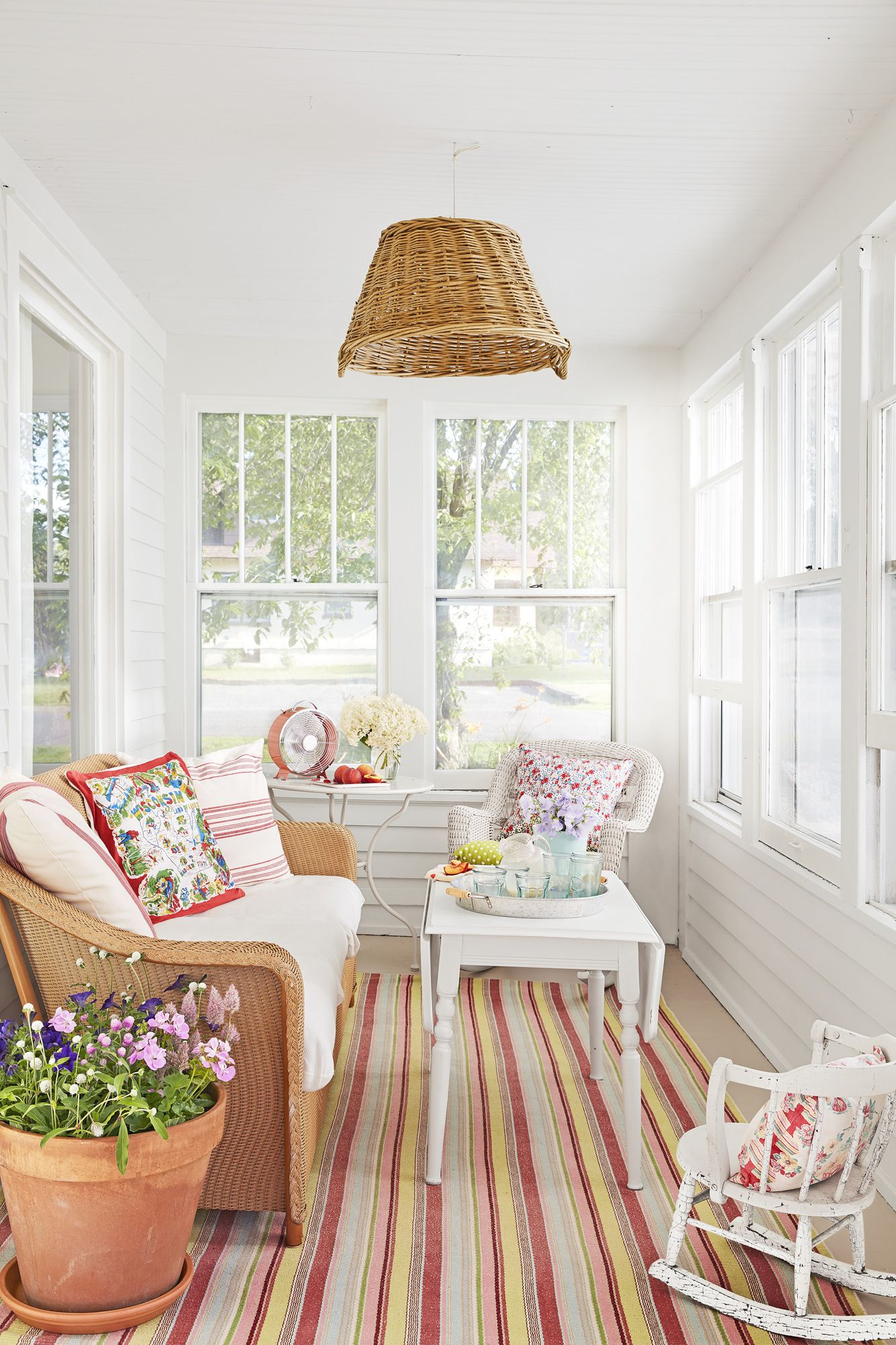 beach theme decorating ideas for living rooms brown suite room 42 house home decor porch