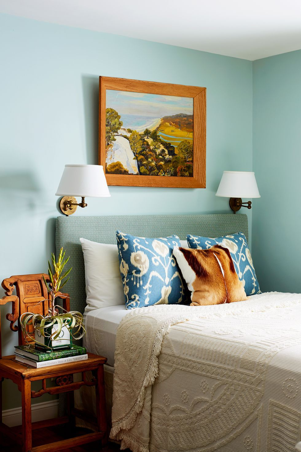 latest wall color of