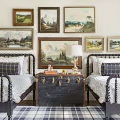 Living Room Organization Blue Walls Brown Couch 12 Easy Ways To Keep Your Bedroom Organized