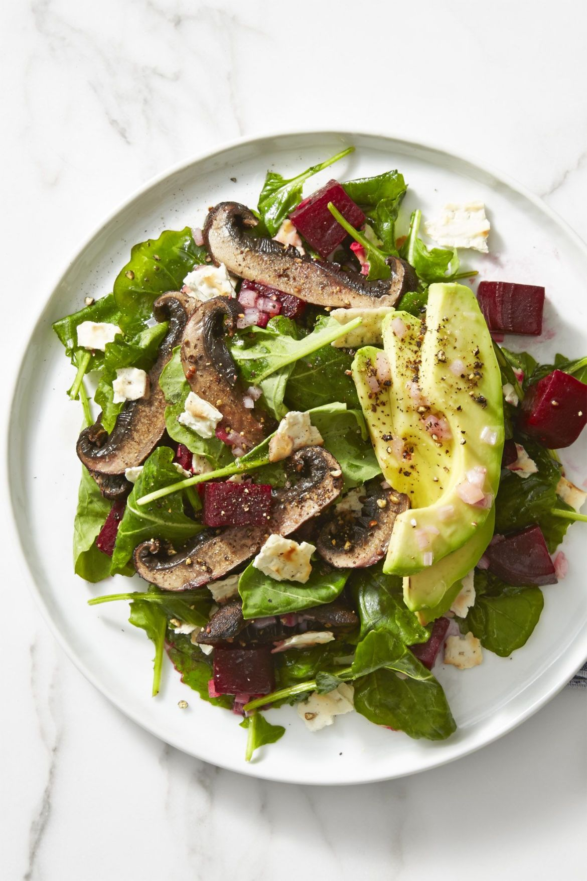 beet avocado mushroom salad healthy lunch ideas 1555341989 - Healthy Things to Eat for Lunch -19 Healthy Lunch Ideas for You