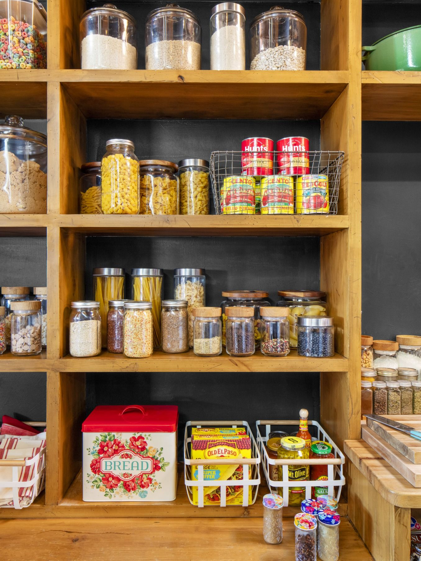 15 spice jars for keeping your pantry organized