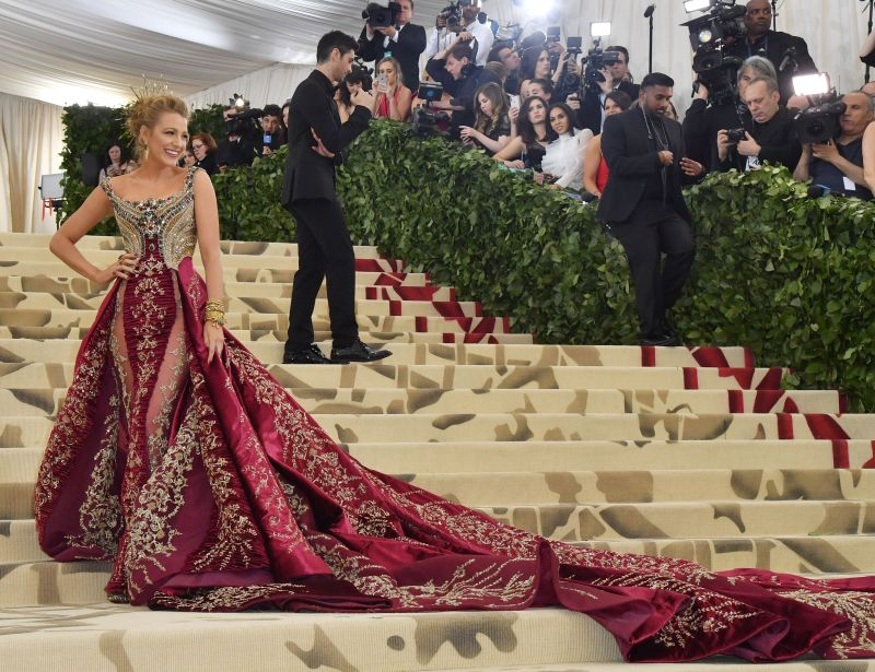 blake at the met gala in 2018 with her matching dress