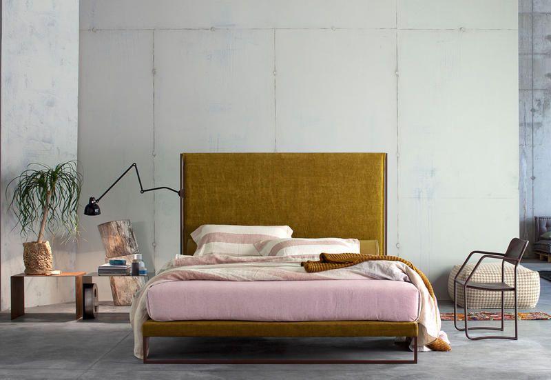 Mobili e programmi di arredo pensati per progettare gli spazi abitativi, dal soggiorno alla camera da letto, dai sistemi giorno modulari alle librerie, fino a. 5 Decorating Ideas For Bedrooms