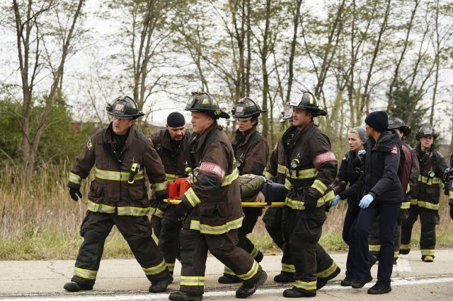 """chicago fire fall finale 1543423661 - Chicago Fire (S07E09) """"Always A Catch"""""""