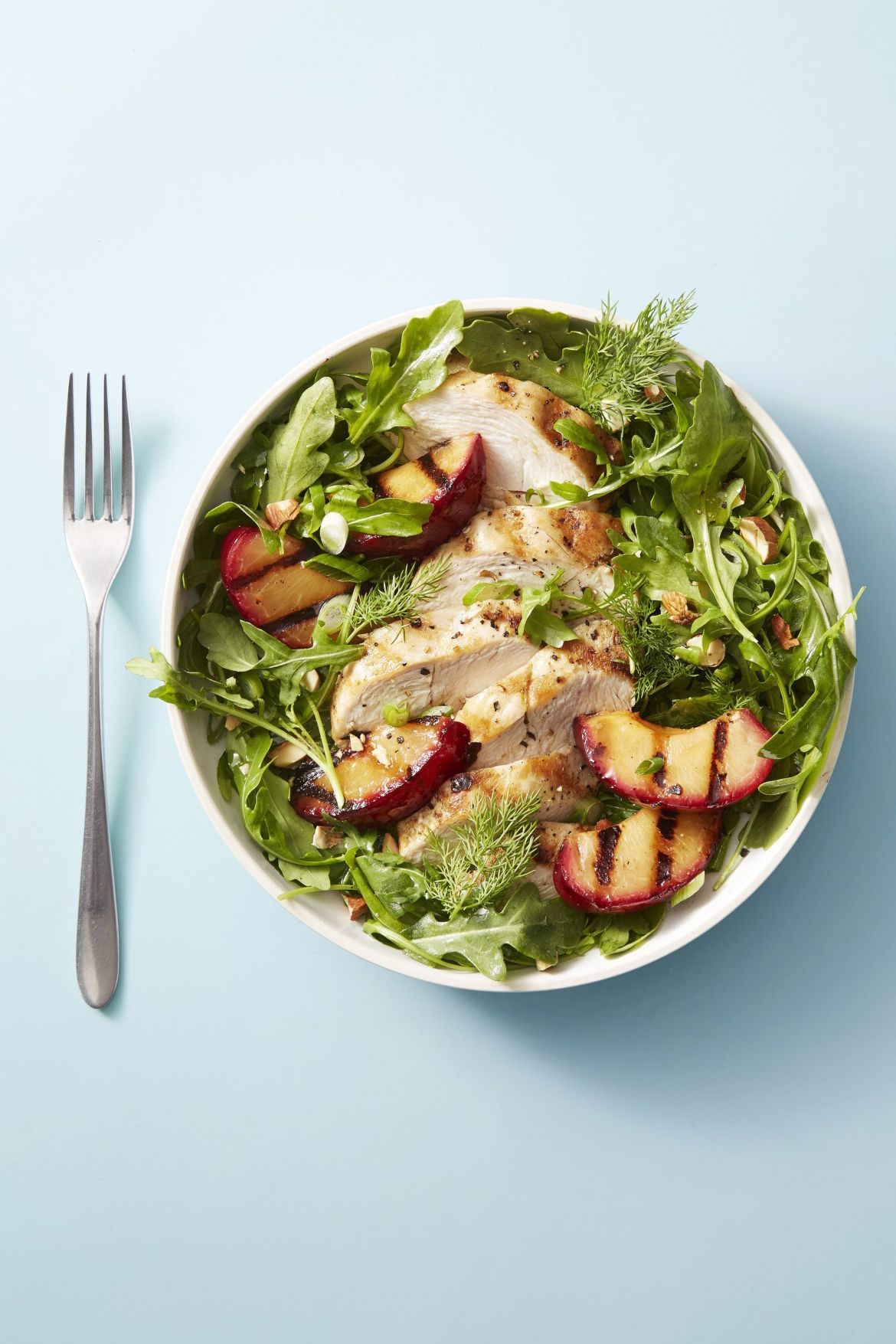 chicken and red plum salad healthy lunch ideas 1555338056 - Healthy Things to Eat for Lunch -19 Healthy Lunch Ideas for You