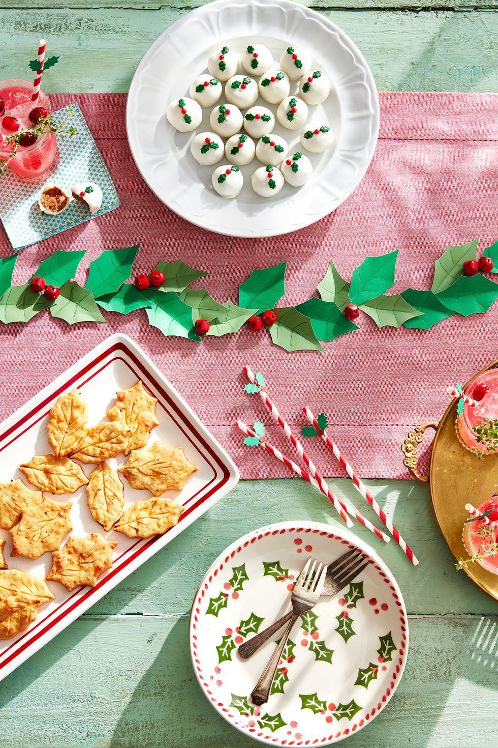 christmas decoration ideas leaf garland