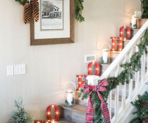 9 Christmas Wall Decorating Ideas Elegant Holiday Wall