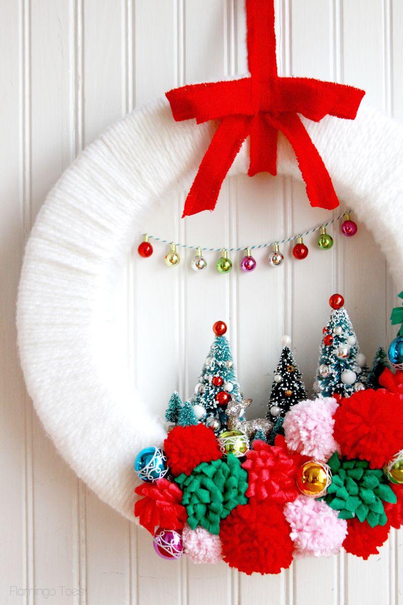 Decorated Christmas Wreaths Ideas