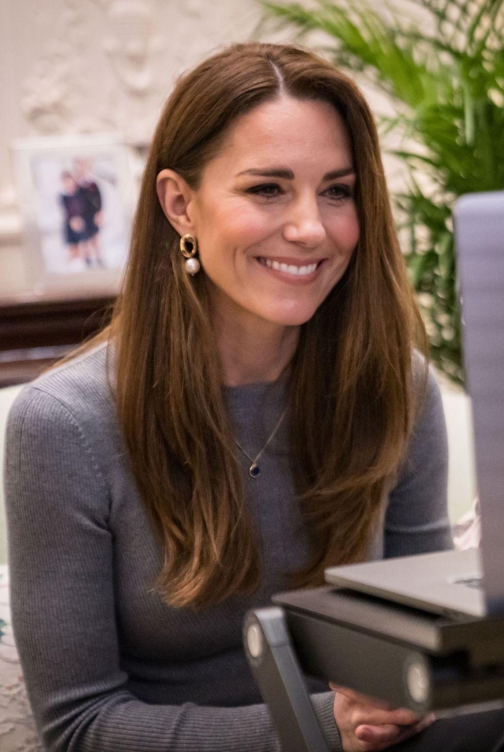 Kate Middleton Duchess Of Cambridge : middleton, duchess, cambridge, Middleton's, Fashion, Looks, Duchess, Cambridge's, Outfits