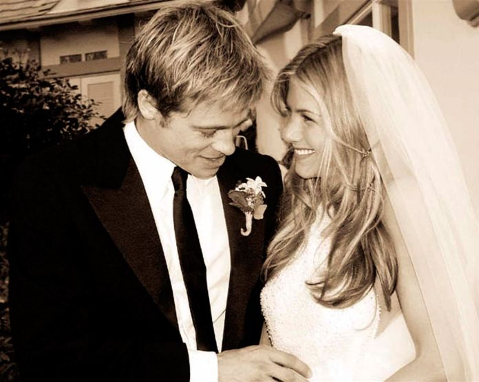 Jennifer Aniston Brad Pitt photo wedding