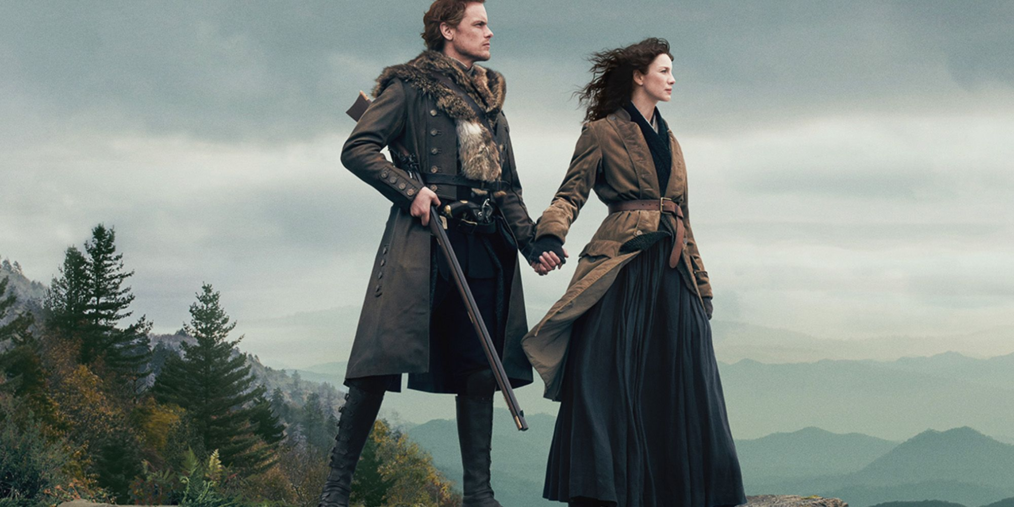 Fall Mountaons In The Sun Wallpaper Sam Heughan And Caitriona Balfe Tease Outlander Season 4