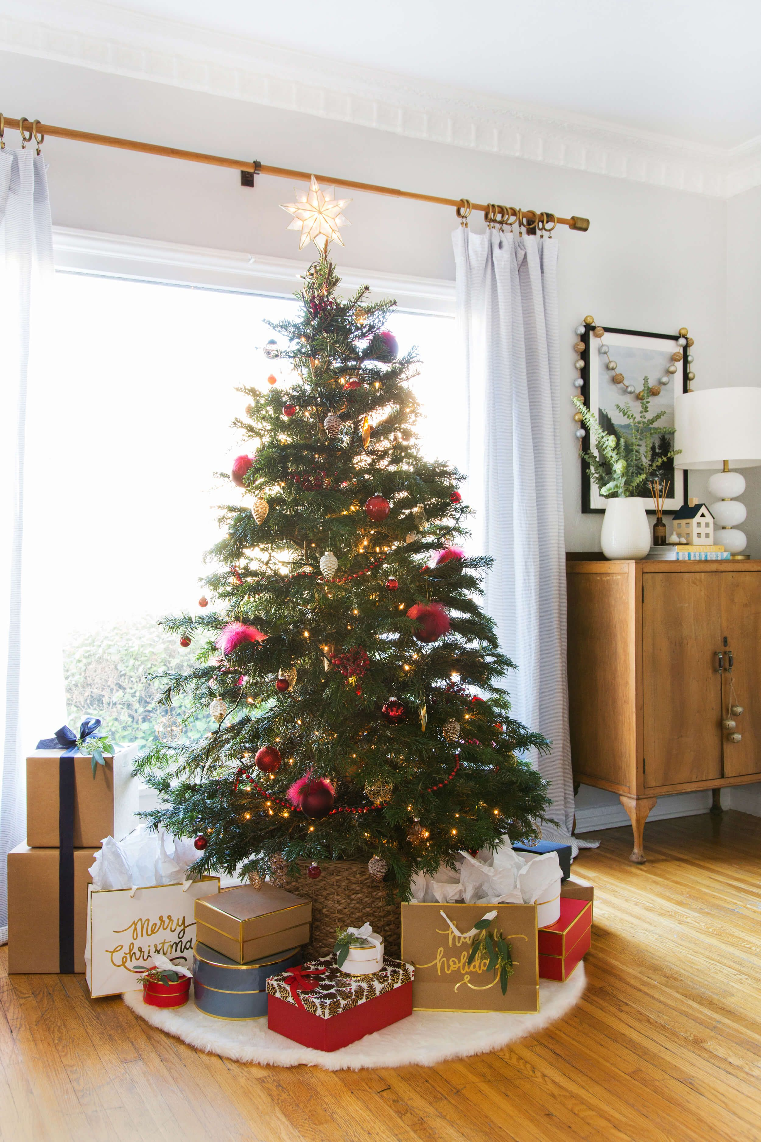 Decorate Christmas Tree For Fall