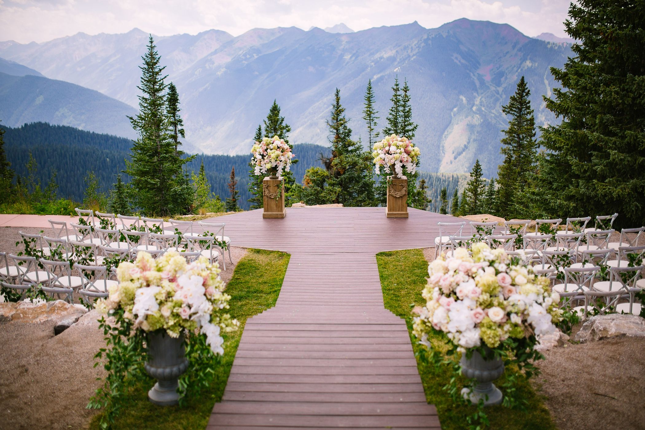 25 Fall Wedding Venues Best Locations For Fall Weddings