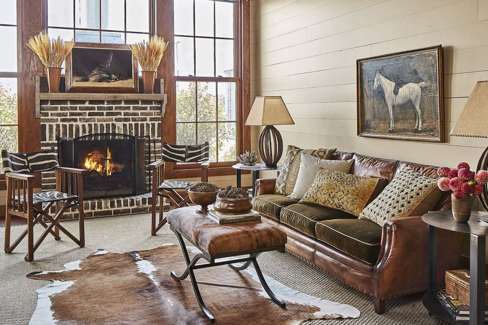 Pretty Living Room Accent Wall With Fireplace Or Bedroom Accent 40+ Fireplace Design Ideas - Fireplace Mantel Decorating Ideas