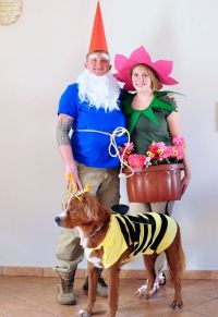 20 Adorable Costumes You Can Wear With Your Dog  Zelinggo