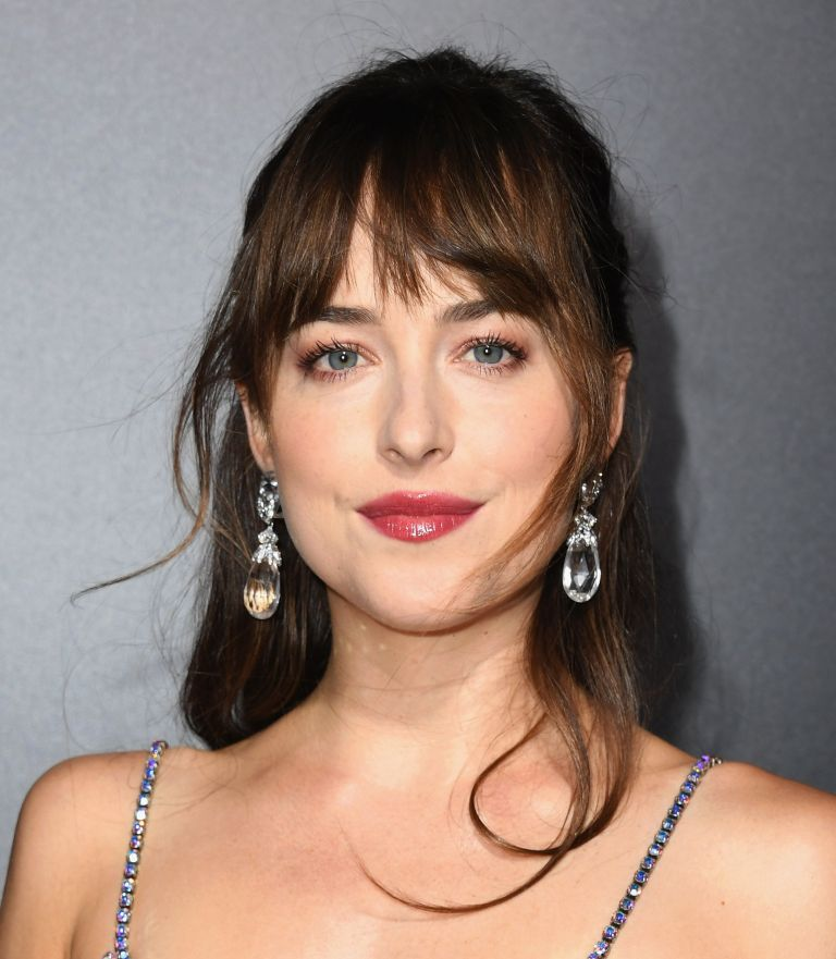How to Grow Out Bangs