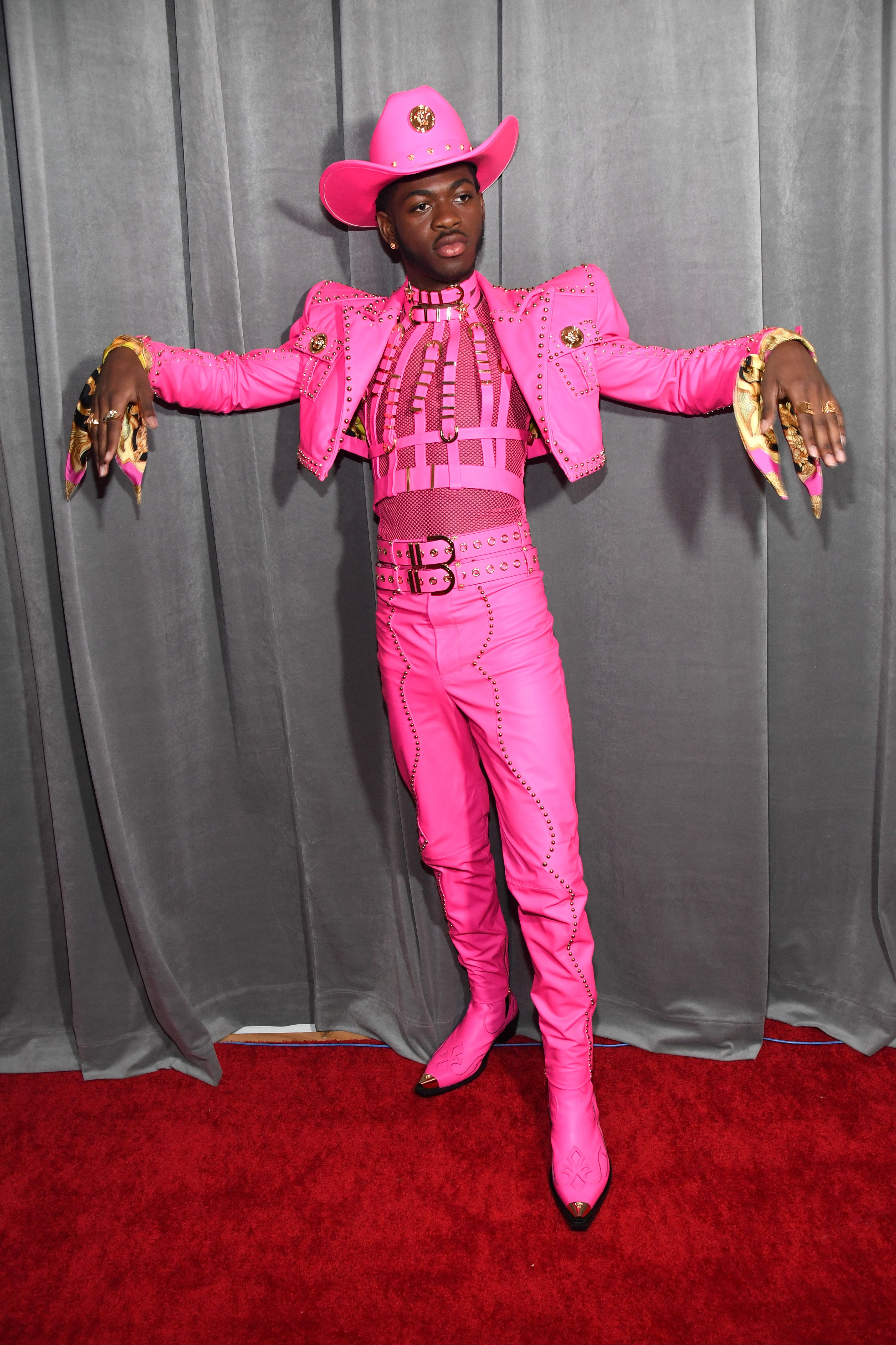 Pink Suit Meme : Wearing, Suits, Grammys, Every
