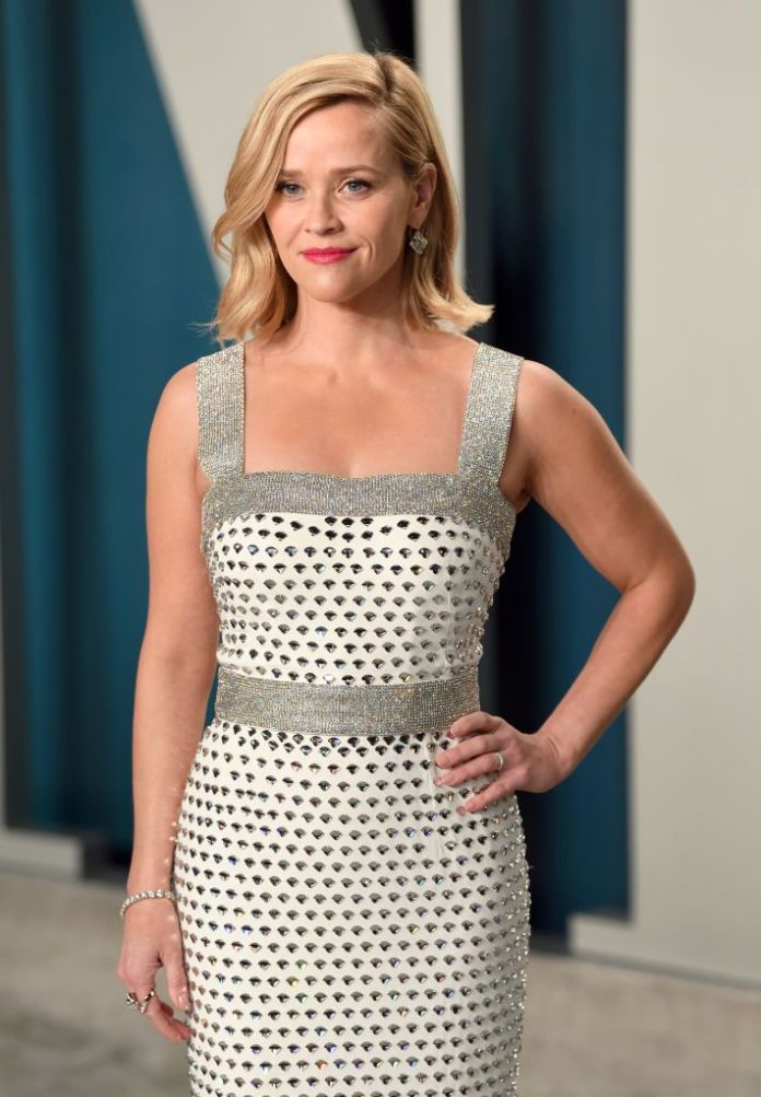 beverly hills, california february 09 reese witherspoon attends the 2020 vanity fair oscar party hosted by radhika jones at wallis annenberg center for the performing arts on february 09, 2020 in beverly hills, california photo by karwai tanggetty images