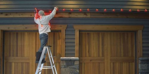 small resolution of how to hang outdoor christmas lights 7 essential tips and looks